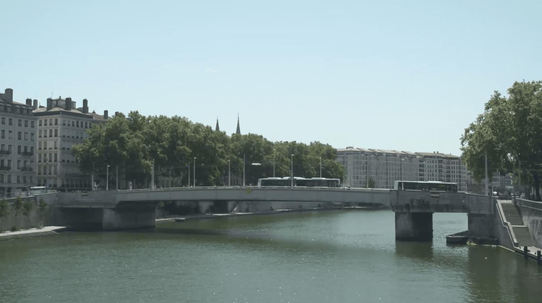 Réseaux et coopérations entre métropoles / Networks and Cooperation Between Metropolises - Video