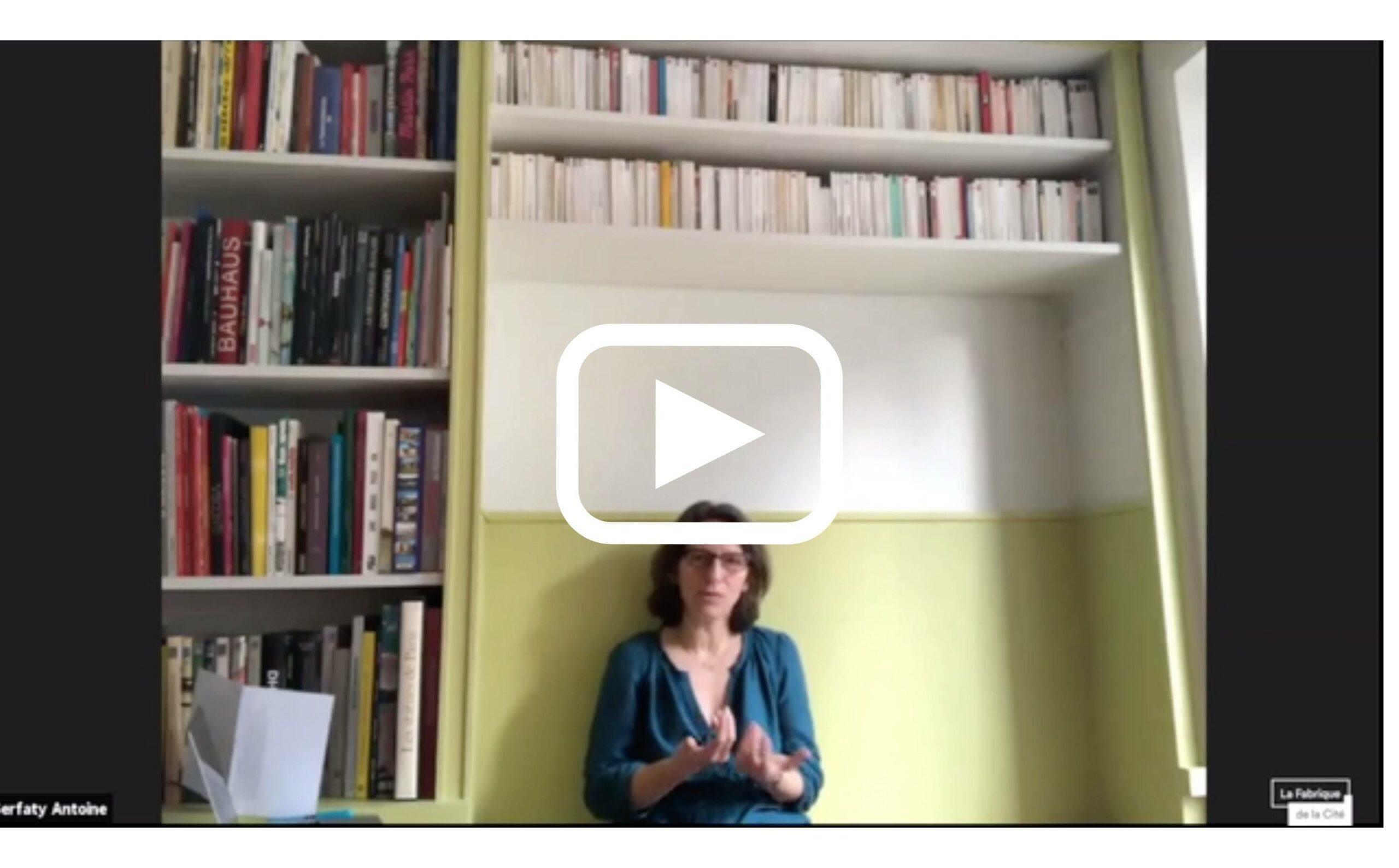 À travers les villes en crise - Isabelle Baraud-Serfaty-Serfaty