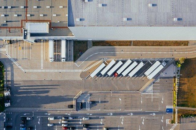 Entrepôt / Warehouse
